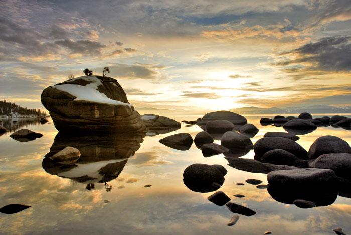Bonsai Rock Golden Sky