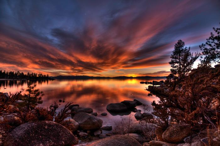Red Sky Lake Tahoe